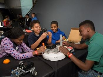 IDPF Supports Local Museum to Open Up Barriers to STEM Opportunities